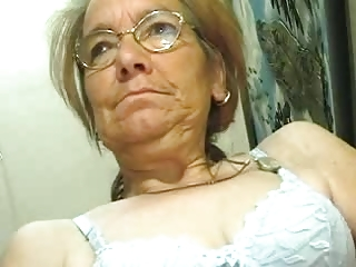 Skinny Aged Granny does groove on a Cock