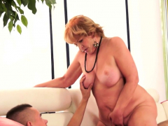 Bootylicious granny inhaling and riding cock