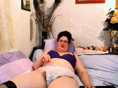 Plus-size Mature4u (Hairy)