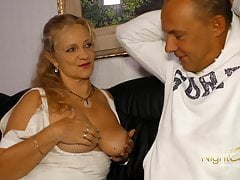 Cougar with big boobs screw younger man