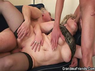 Reproduction screwing damper pussy fingering