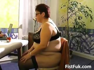 Shove around grown-up pot-bellied gets her old pussy part5