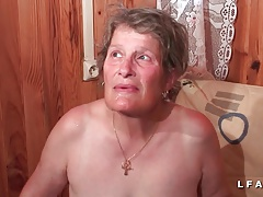 GrandMere sodomisee fistee et facialisee pour son