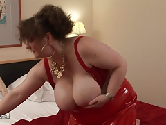 Big titted german housewife playing with her playthings