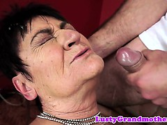 Saggytits gilf facialized after lovemaking