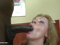 Interracial Porn - Granny likes it harsh gets assfuck fucked