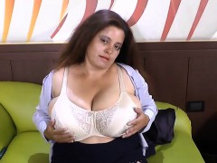 LatinChili Mature Chubby Fingering Masturbation