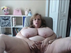 US Granny Bouncing The  Natural Tits in The World