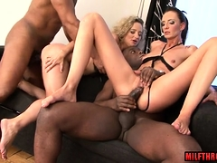 Hot cougar  and cumshot